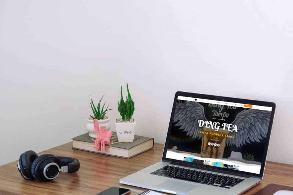 bubble-tea-store-responsive-website-laptop