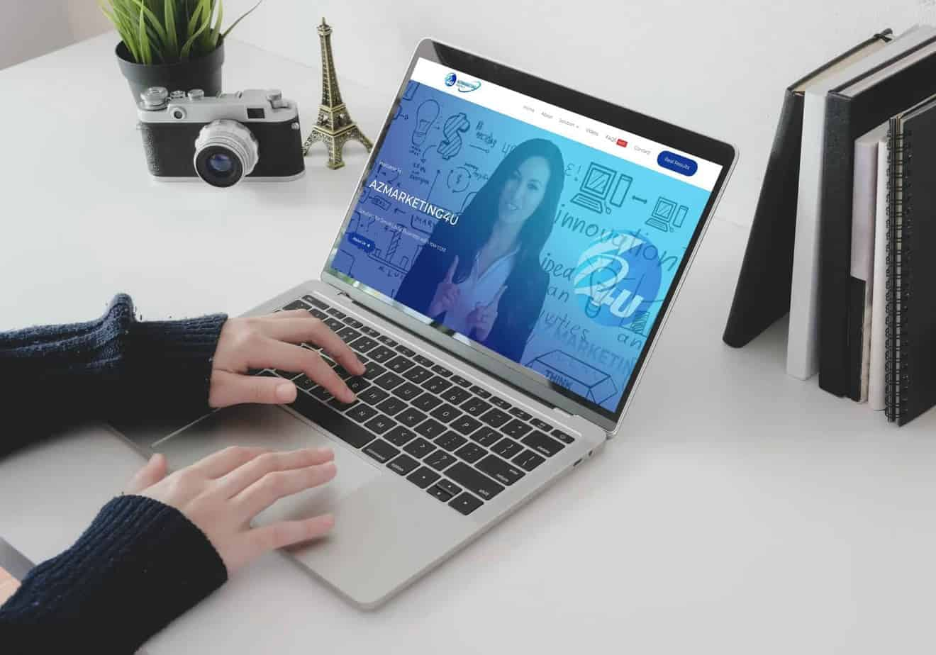 azmarketing4u-responsive-website-laptop-display